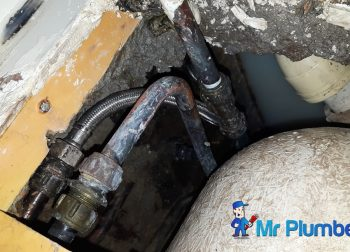 Bathtub Leakage Replace Water Hose Plumber Singapore Condo