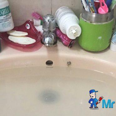 wash-basin-choke-plumber-singapore_wm.jpg