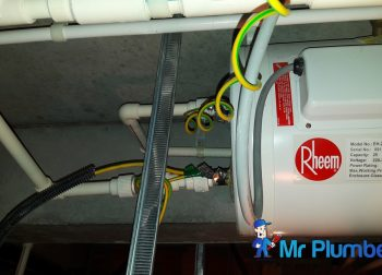 Replace Rheem Storage Water Heater Plumber Singapore Condo Tanah Merah