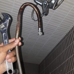 Shower-Head-And-Pipe-Replacement-Plumber-Singapore-Condo-Clementi-2