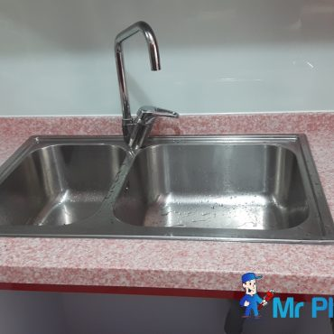 Kitchen-sink-drain-pipe-plumber-singapore-4_wm.jpg