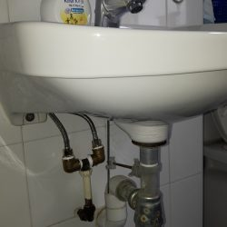 repair-wash-basin-inlet-pipe-3_wm