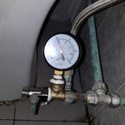 water-pressure-test-toilet-concealed-pipe-leak-plumber-singapore-4