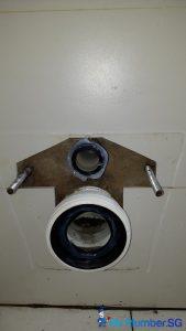 Clear-Drainage-Toilet-Pipe-Choke-Plumber-Singapore-Condo-Bukit-Timah-5_wm