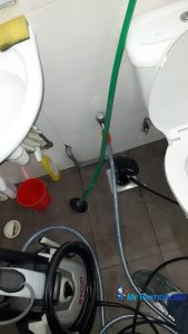 Clearing-of-floor-trap-choke-plumber-singapore-Co (1)