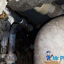 bathtub-leakage-replace-water-hose-plumber-singapore-condo-2