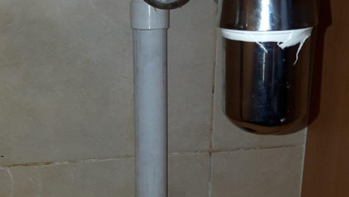 Change Kitchen Sink Bottle Trap Choke Plumber Singapore HDB Sembawang