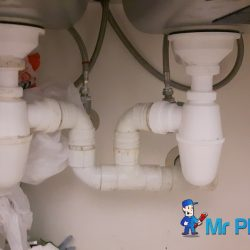 Clear-kitchen-sink-bottle-trap-choke-plumber-singapore-Condo-Marina-Boulevard-1