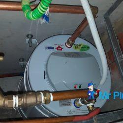 New-Water-Heater-Tank-Installation-Plumber-Singapore-Condo-Tampines-4