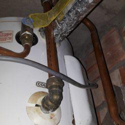 Repairing-rheem-storage-water-heater-plumber-singapore-condo-Sembawang-9