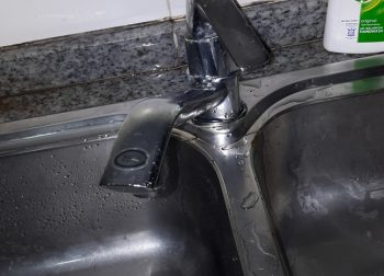 Replace Kitchen Sink Tap and Repair Seepage Silicon Plumber Singapore HDB Yishun