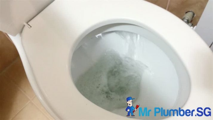 5 Ways To Save Water in Your Toilet