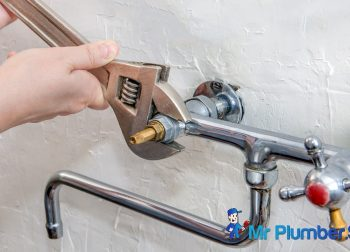 Common Mistakes People Make When Hiring a Plumber
