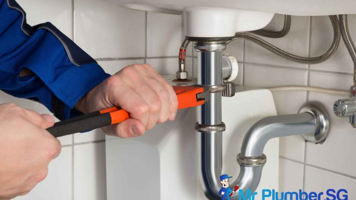6 Things To Look For When Hiring a Plumber